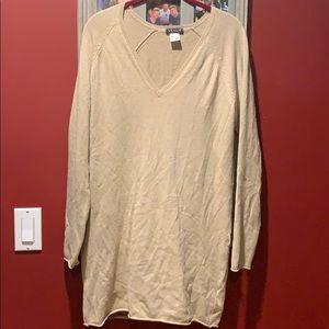 Long sleeve light weighted sweater